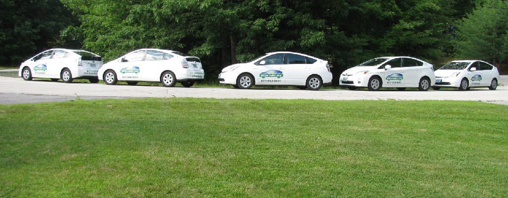 Line-of-Prius-Vehicles-e1422241357307